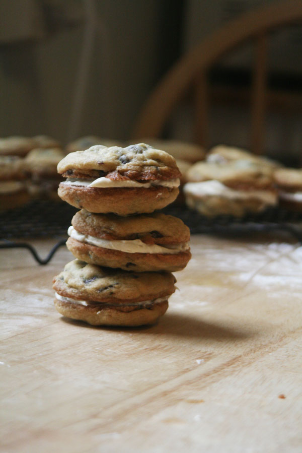 Chocolate Chunk Cookie Sandwiches | ohsodecadent.com